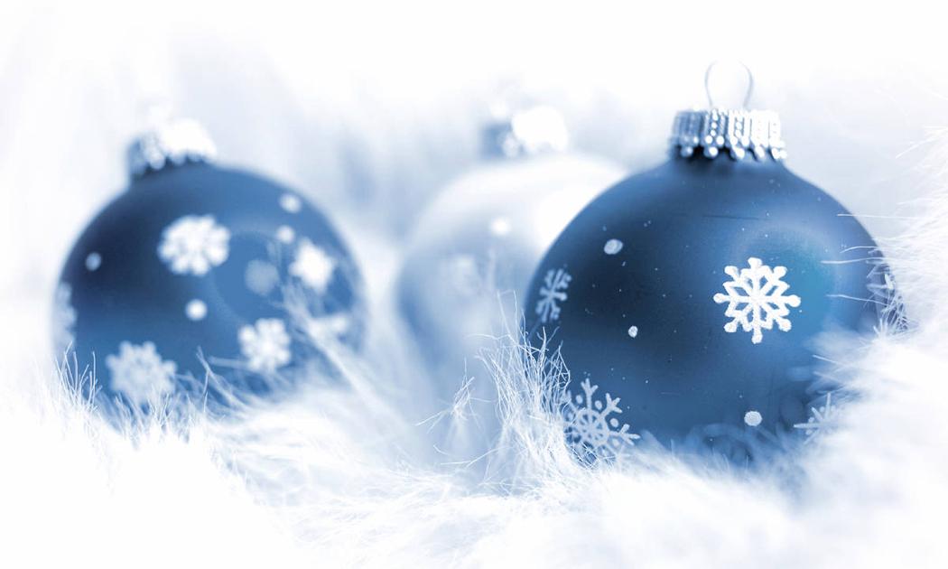 siniset-joulupallot-hor